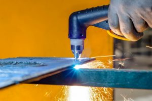 HOW TO BUILD A PLASMA CUTTER